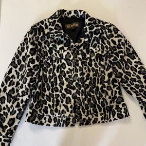 Static polyester leopard jacket soft size small